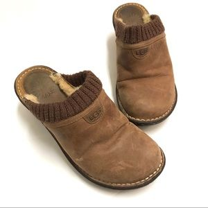 UGG Gael Sheepskin Brown Platform Slip On Slides